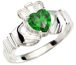 Ladies Emerald White Gold Claddagh Ring - May Birthstone